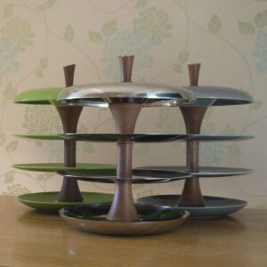 ceramic-and-stainless-steel-fruit-tiers